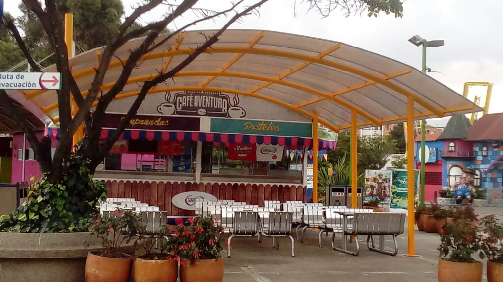 mundo aventura plaza cafe 20171107 163416